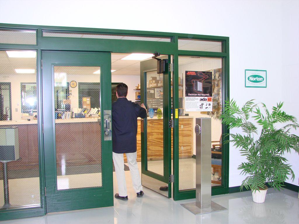 IZY door et son système d'ouverture de porte autonome