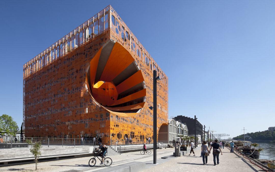Lyon Confluence : le premier éco-quartier à énergie positive