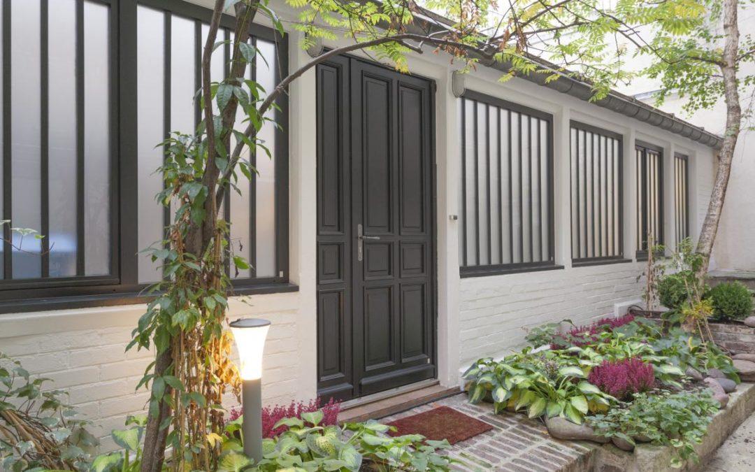 Atulam : les fenêtres et portes en bois sur mesure