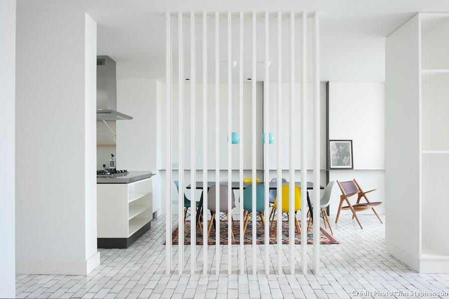 claustra-bois-interieur-salon