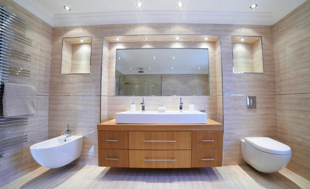 salle-de-bain-petit-espace-spot