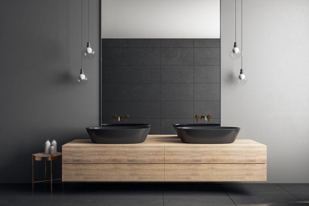 salle-de-bain-noir-bois