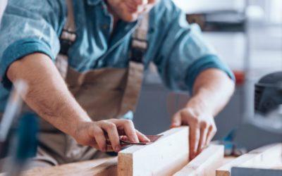 Rénovation de menuiserie : bien choisir sa méthode et ses produits