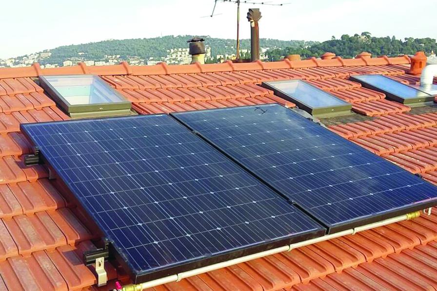 Pompe à chaleur solaire : un système aux normes basse consommation