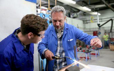 Comment recruter un apprenti en plomberie ?