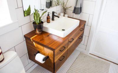 Meuble de salle de bains en teck, avantages et inconvénients