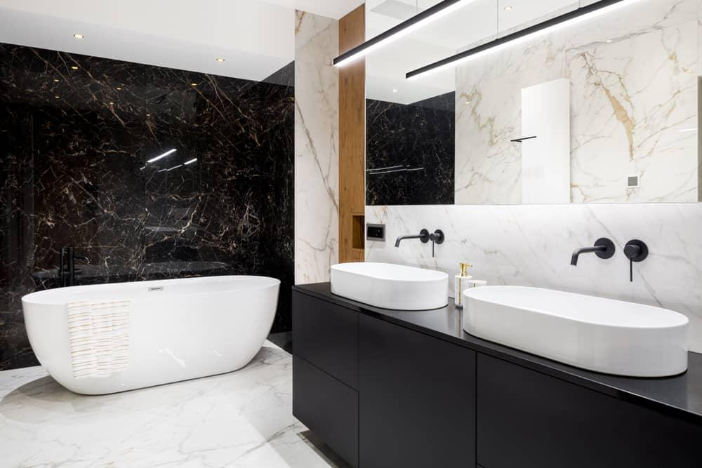 salle-de-bain-marbre-noir