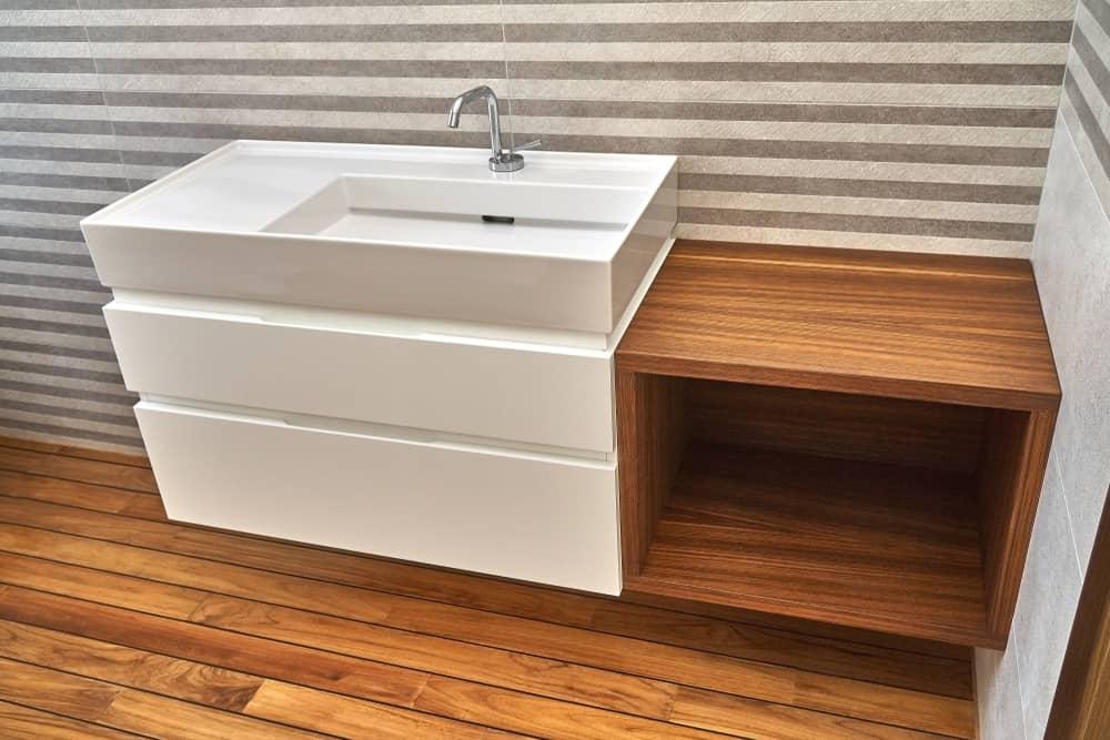 salle-de-bain-teck-parquet