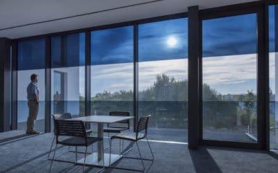 Sageglass : le vitrage électrochrome qui change de teinte en fonction du soleil